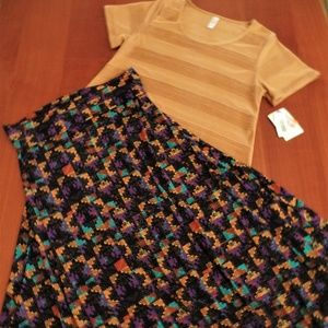 LULAROE Other - LULAROE OUTFIT!  L- CLASSIC-T TOP & L- MAXI SKIRT